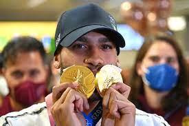 """بطل أولمبياد طوكيو في 100 م """"خليفة بولت"""" يتخذ قرارا مفاجئا - RT Arabic"""