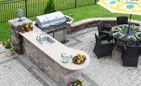 10 beautiful outdoor kitchen ideas
