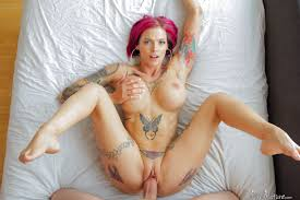 Shaved Anna Bell Peaks with Pierced Pussy Image Gallery 273416