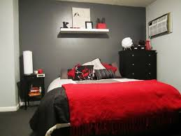 gray and red bedroom. red and gray bedroom | went with a black colour scheme as reminder
