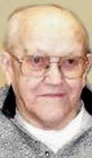 Bernard E. Gleason | Obituaries Dubuque | telegraphherald.com