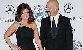 Valerie Bertinelli marries long-term ...