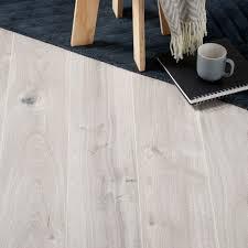 Gladstone Grey Oak Effect Laminate Flooring 1.996 m Pack | Departments |  DIY at B&Q
