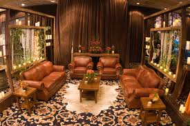 2010 05 irf colorado rocky mountain rustic theme 24 ralph lauren brown leather furniture lounge candle walls