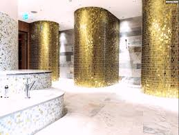 Mosaik Fliesen Badezimmer Gold Weiss Perlmutt Waschbecken Marmor