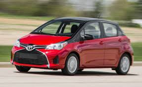 2015 Toyota Yaris SE Manual and Automatic Test | Review | Car and ...