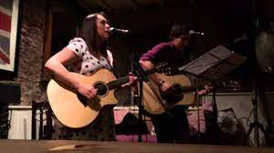 I'm Yours - Cover by Mike Maddams and Nikki Petherick - YouTube