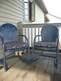 outdoor metal chair. Two Free Vintage Metal Chairs + Three Cans Of Valspar Indigo Streamer Spray Paint Outdoor Chair
