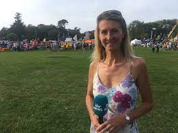 "Sophia Bird - ITV در توییتر ""Sun still shining in Guernsey at North Show!  Cooler tonight at 13 degrees! Bring an extra layout for the fireworks!… """