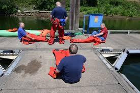 washington homeland security roundtable members visit coast guard marine safety unit portland ore