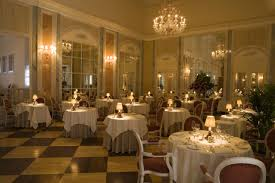 25 Most Romantic Restaurants in the World for Valentine's Day  Valentine's  Day Date Ideas