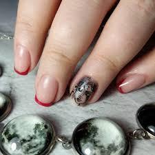 дизайн по мотивам татуировки хозяйки ногтей листай