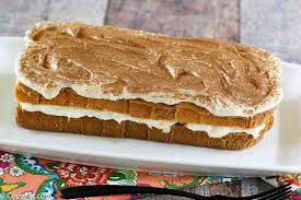 With price tags ranging from $5.99 to $8.29 (in san diego, prices vary nationwide), and calorie counts from 210 to over 1,000, if you're going to order dessert at the olive garden, it pays to be smart about what you choose. Authentic Olive Garden Tiramisu Copykat Recipes