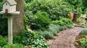 15 easy diy garden path ideas you can