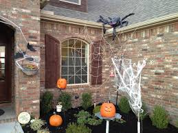 Outside Window Decorations Outdoor Halloween Decorations Ideas To Stand Out