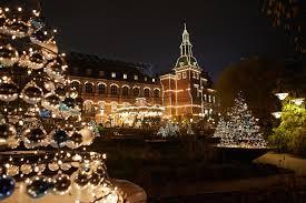 Do All Christmas Lights Blink Christmas Lights Around The World 9 Spectacular Displays