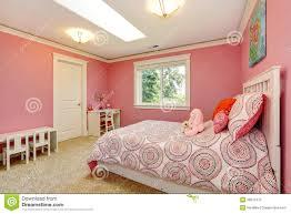 Schönes Rosa Schlafzimmer Für Mädchen Stockfoto Bild Von Auslegung