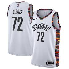 Taking visual cues from the legendary artist, the jersey arrives in the nba franchise's signature black and white color scheme with a basquiat twist. Nba City Edition 2019 The New Brooklyn Nets Merch Has Dropped Netsdaily