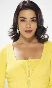 Sandra Reyes (Bogotá, 31 de mayo de 1975) es una actriz colombiana. Inició su carrera televisiva con la serie Clase Aparte, en 1995, interpretando a María ... - bfb_leysandrareyes