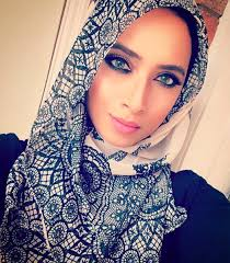 muslim ger bees sensation for nailing hijab styling