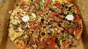 round table pizza order food 107 photos 83 reviews