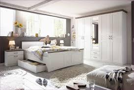 Schlafzimmer Braun Blau