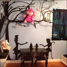 Lovely Alice In Wonderland Bedroom Decorating Ideas. Love Cheshire Cat Stuffed  Animal!