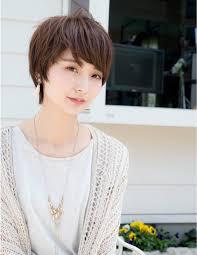 大人ベリーショート Bdobm ヘアスタイル髪型女性モデル