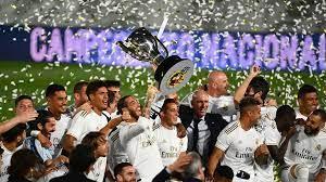 ريال مدريد زين الدين زيدان يزيح برشلونة عن عرشه ويتوج بطلا للدوري الإسباني