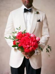 10 money saving tips for creating wedding floral arrangements diy Wedding Floral Arrangements think beyond flowers wedding floral arrangements centerpieces
