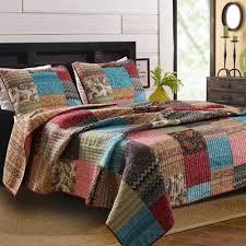 Bedroom: Queen Size Comforters And Quilts And Beautiful Queen ... & Charming Queen Quilt Sets with Unique Colors: Queen Size Comforters And  Quilts And Beautiful Queen Adamdwight.com