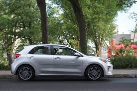 kia rio 5 2018. beautiful kia 2018 kia rio 5door hatchback review amee reehal 1 of 22 and 5