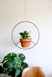 Circular Metal Hanging Plant Stand