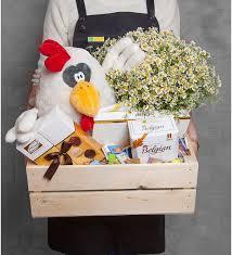 <b>Подарочное кашпо с букетом</b> Очарован тобой, Зеленоград ...