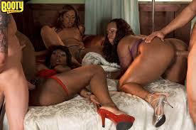 Ebony Kelly Starr with Pierced Labia Enjoying Anal Image Gallery.