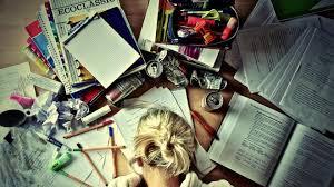 Что выбрать писать дипломную работу самому или купить  Что выбрать писать дипломную работу самому или купить