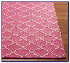 trellis area rug pink