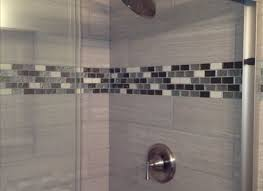 glass tile accents in bathroom