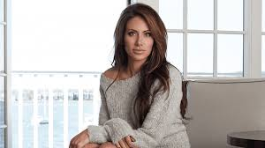 Who is Holly Sonders and Is She Divorced, Married or Dating Erik ...