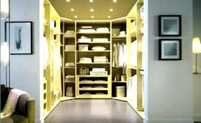 bedroom walk in closet average size space master with