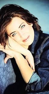 Alanna Ubach - IMDb