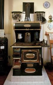 Buyers Guide To Vintage Appliances Old House Restoration - Kitchens by wedgewood