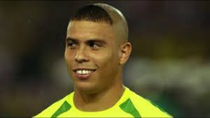 おもしろい髪形インパクトのある髪型のサッカー選手 Youtube