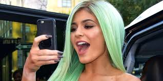 kylie jenner just launched her own insram face filter kylie cosmetics insram lipstick filter