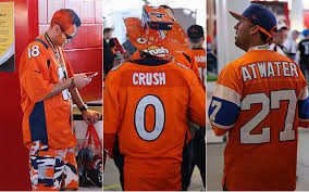 Look Panthers At Broncos And Decked-out Bowl - Super com 50 Cbssports Fans