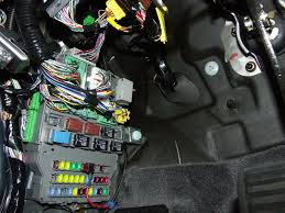 bzzzzt when i start the car page 2 acurazine acura are you referring to this fuse panel
