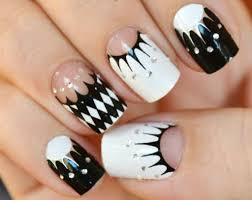 22 Stylish Black and White Nail Art Designs - Clare k