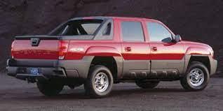 Amazon Com 2005 Chevrolet Avalanche 1500 Ls Reviews Images And Specs Vehicles