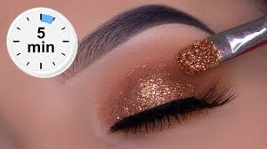 5 minute golden glitter eye makeup