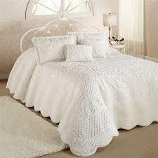 white quilt queen.  Quilt Whisper Grande Bedspread For White Quilt Queen